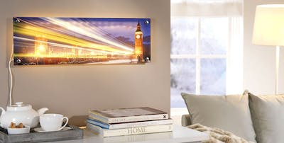 Illuminate photo behind acrylic glass - a highlight for many corners!