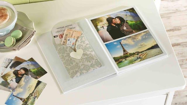 Erinnerungsstücke In Das Fotobuch Einkleben