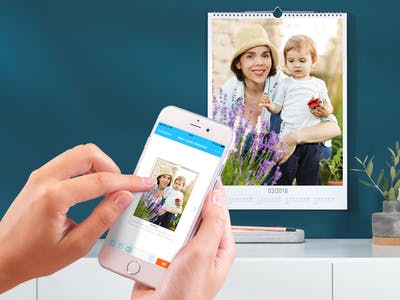 Gestaltung eines Fotokalenders mit der Pixum App.