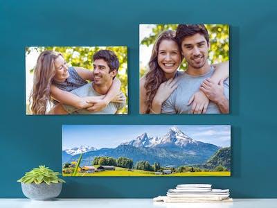 Bei einem Produkt- und Formatmix aus Wandbildern kannst du die Anordnung durch voriges Messen besonders harmonisch gestalten.