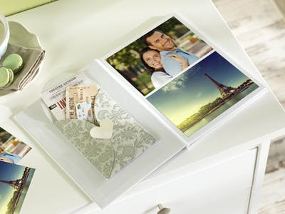 Design your personal voucher booklet with the Pixum Photo World Software in no time at all.