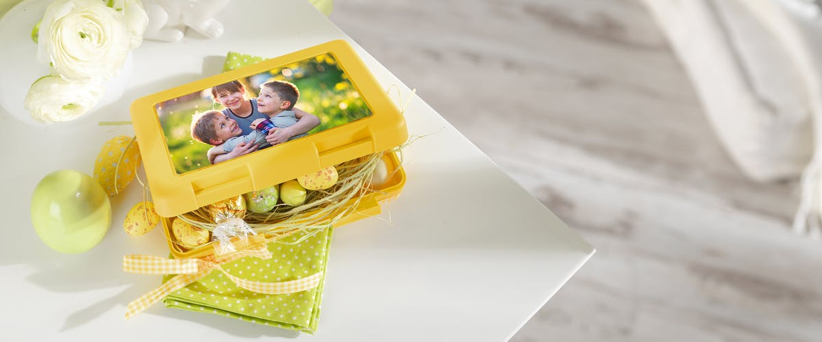 Design your lunch box for Easter