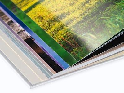 Auf glänzendem Premiumpapier kannst du deine Aufnahmen besonders hochwertig in Szene setzen.