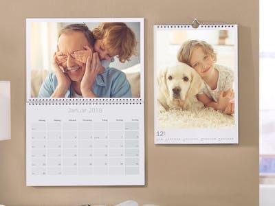 Wandkalender mit Familien- und Tiermotiv