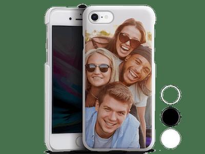 Mit nur einem Klick am Handy: Das Hard-Case schützt dein Smartphone effektiv vor Kratzern und Stößen.