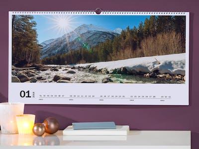 Fotokalender mit Landschaftsbildern.