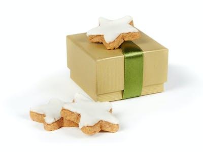 Udover chokolader og bagv�rk kan du ogs� overraske dine k�re med andre ting i fyld-selv-julekalenderen fra Pixum.