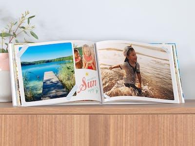 Reiche jetzt dein schönstes Pixum Fotobuch ein - und freu dich auf tolle Gewinne!